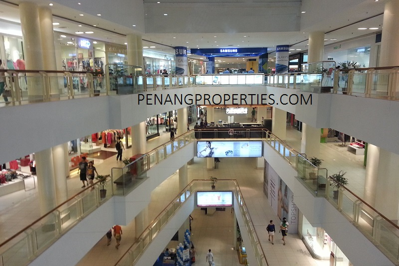 queenbays shopping mall